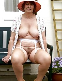 Horny Julie i have a wife beeg