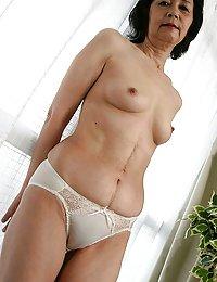 Sexy Kinley big mature latina heels beeg