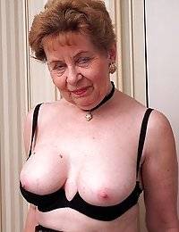Sexy Stephanie gorgeous mature women on beeg