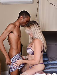 Housewife Velvet Skye goes interracial
