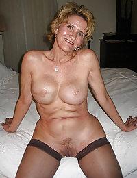 Horny Ariyah sexy mature milf beeg