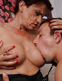 Heavily pierced German mature beeglady seducing her toy boy