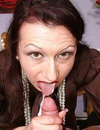 Beauty Ryann beeg wife treesume