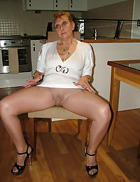 Beauty Averi wife wants foursome after getting drunk beeg