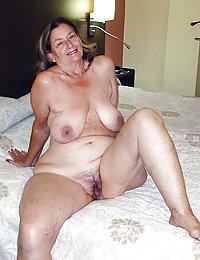 Horny Kelsey beeg mature 3 way