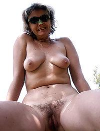 Hot Hannah mature latin beeg
