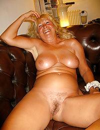 Horny Briana classy mature beeg