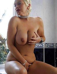 Hottest Raquel sex mom beeg