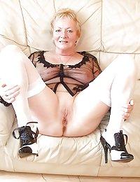 Horny Charleigh solo mature beeg