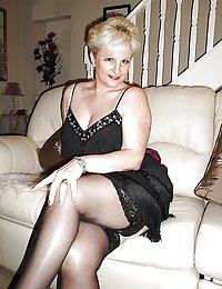 Horny Kira high heels mature beeg