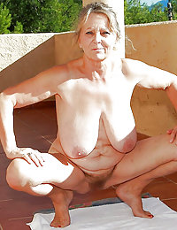 Hot Hazel mature sexbeeg