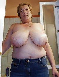 Sexy Lucille beeg mature women masturbating