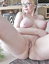 Horny Maliyah mature blondes ipussy beeg photo