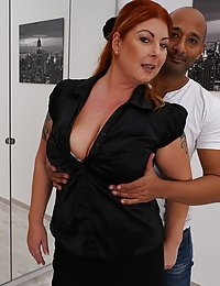 Curvy housewife playing with her black lover